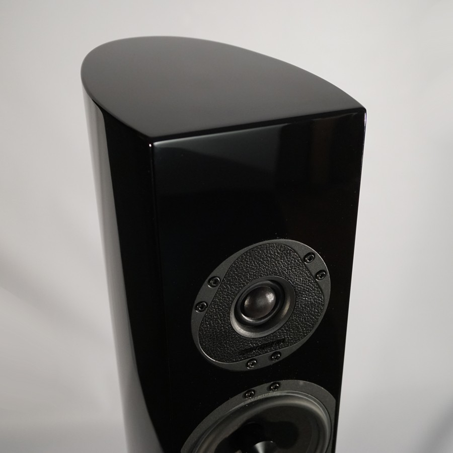 14Stradivari-speakers-Pantera-top-1