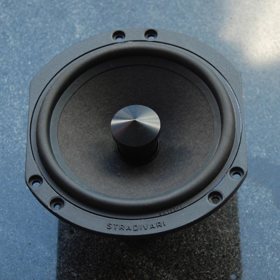 6Stradivari-speakers-driver-manufacturing8