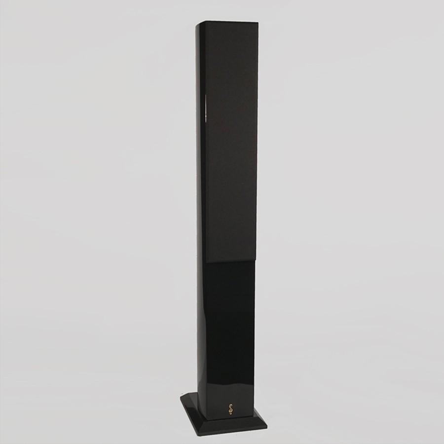 7Stradivari-speakers-Amorat-grill