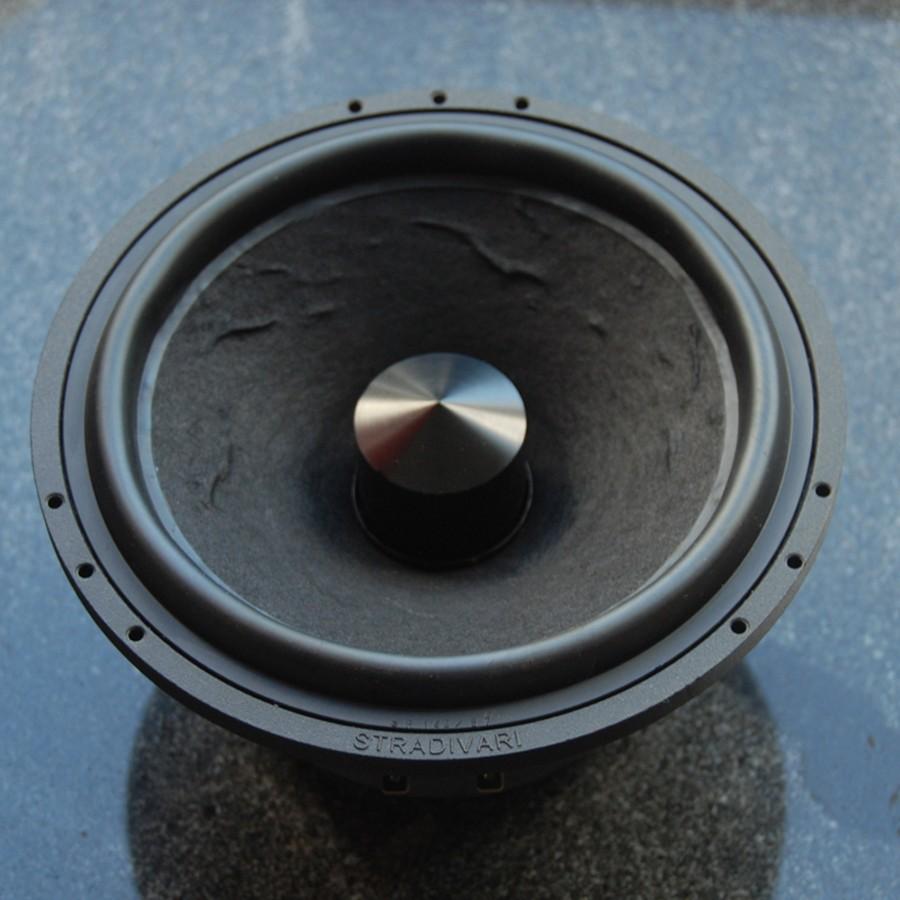 7Stradivari-speakers-driver-manufacturing9