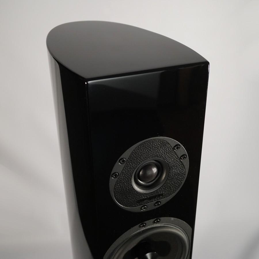 14Stradivari-speakers-Pantera-top-1