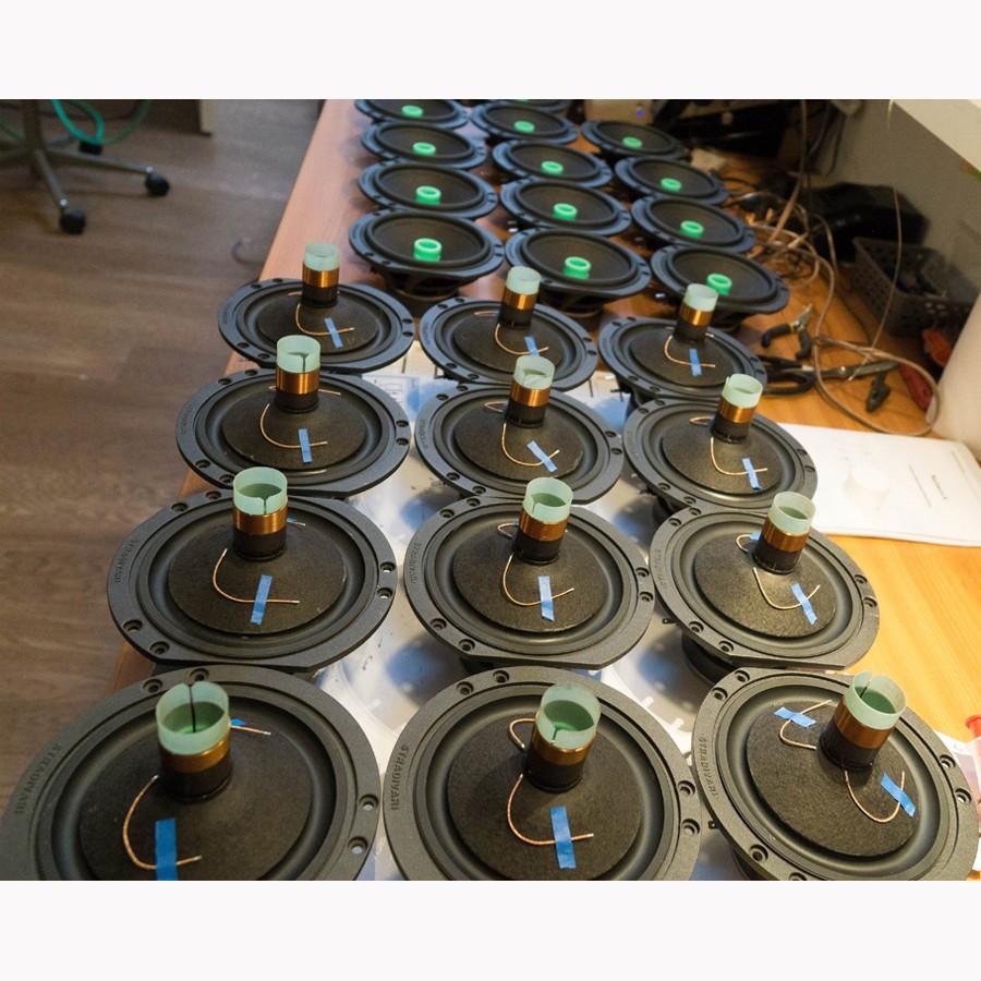 2Stradivari-speakers-driver-manufacturing