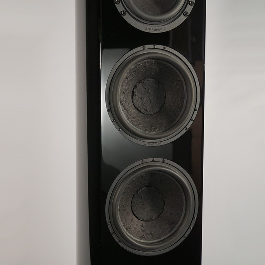 Stradivari-Magnus-speakers-woofers